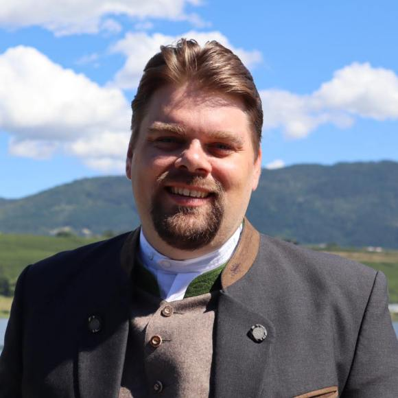 Philipp Gruner (Beairsto Elementary)